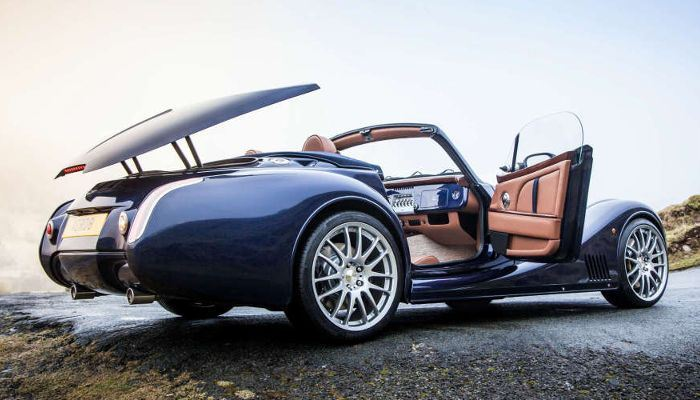 Morgan Aero 8: restyling in azione!