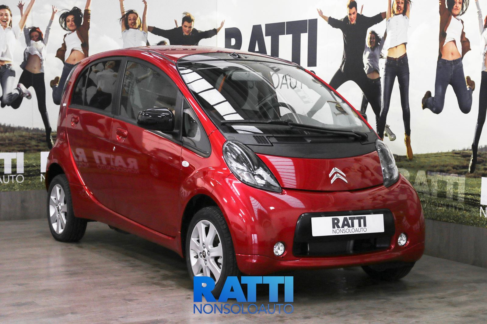 CITROEN C-Zero Full Electric Seduction ROSSO CHILI METALLIZZATO  cambio Automatico Elettrica Km 0 berlina due volumi 5 porte 4 posti