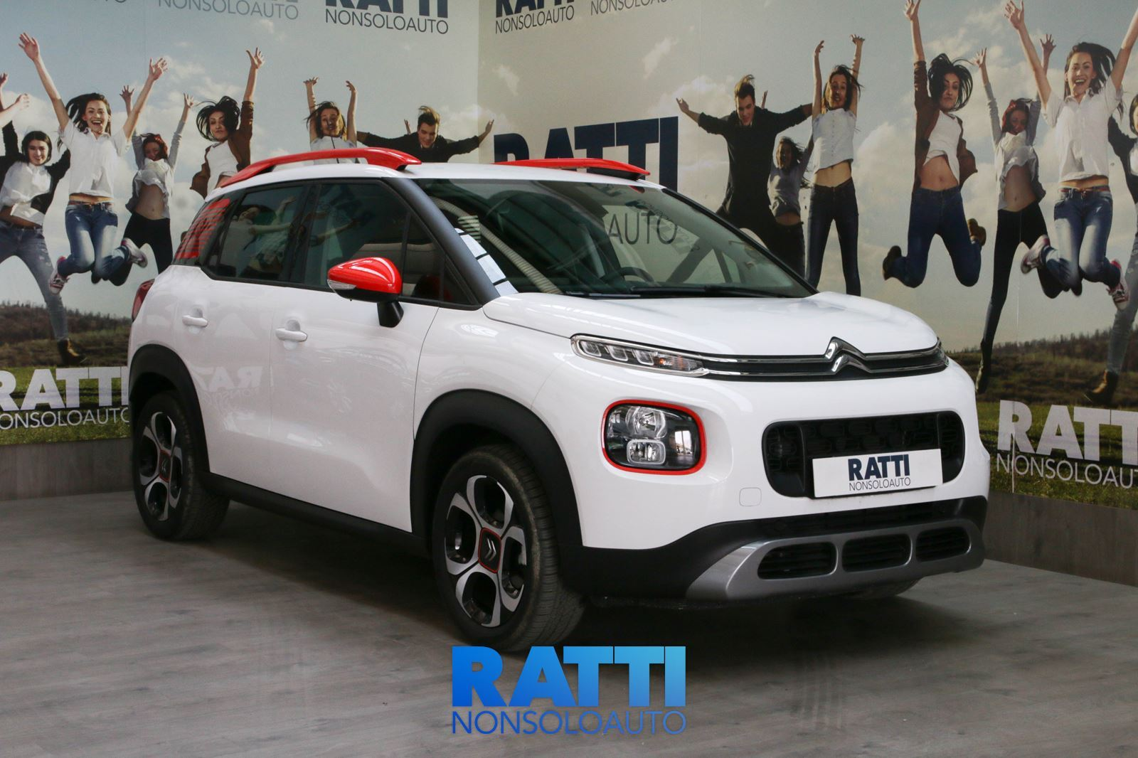 CITROEN C3 Aircross BlueHDi 1.6 100CV Shine + Active Safety Brake Natural White  cambio Manuale Diesel Aziendale station wagon 5 porte 5 posti EURO 6