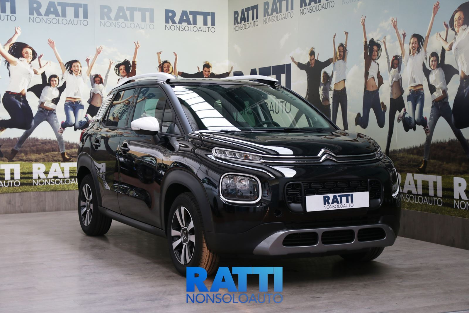 CITROEN C3 Aircross BlueHDi 1.6 120CV EAT6 Feel Ink Black  cambio Automatico Diesel Km 0 station wagon 5 porte 5 posti EURO 6