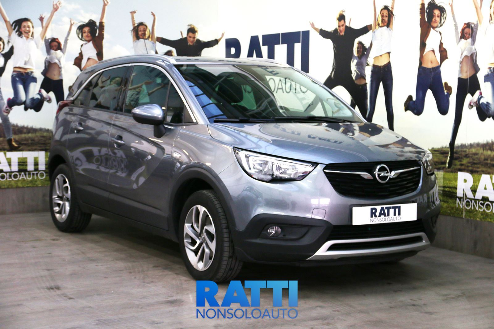 OPEL Crossland X Innovation 1.6 100cv MT  Satin Steel Gray  cambio Manuale Diesel Aziendale station wagon 5 porte 5 posti EURO 6