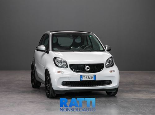 Smart fortwo 1.0 71CV Passion Twinamic BIANCO cambio Manuale Benzina Aziendale berlina due volumi 3 porte 2 posti EURO 6