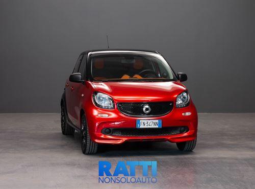 SMART FORFOUR 90CV TWINAMIC ROSSA cambio Automatico Benzina Usato ritirato 5 porte 5 posti