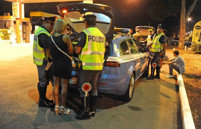 Adolescente guida per amore, fermato dalla Polizia.
